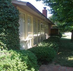 Charles Goodman-designed home