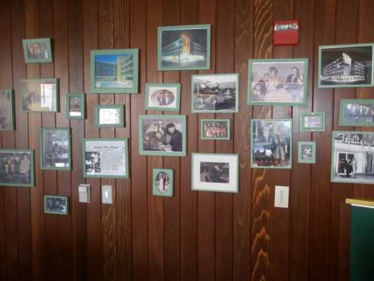 Retro photo wall at Teplitzky's