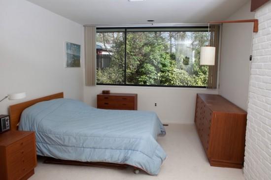 Esten House Bedroom