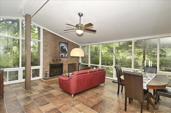 3500 Woodridge Avenue - Living Room