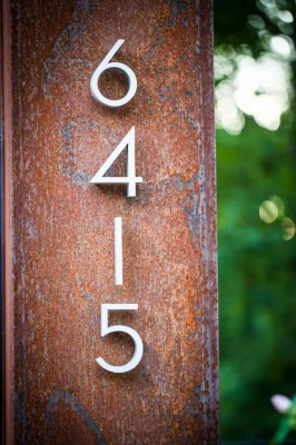 House Number detail_Cor-ten steel