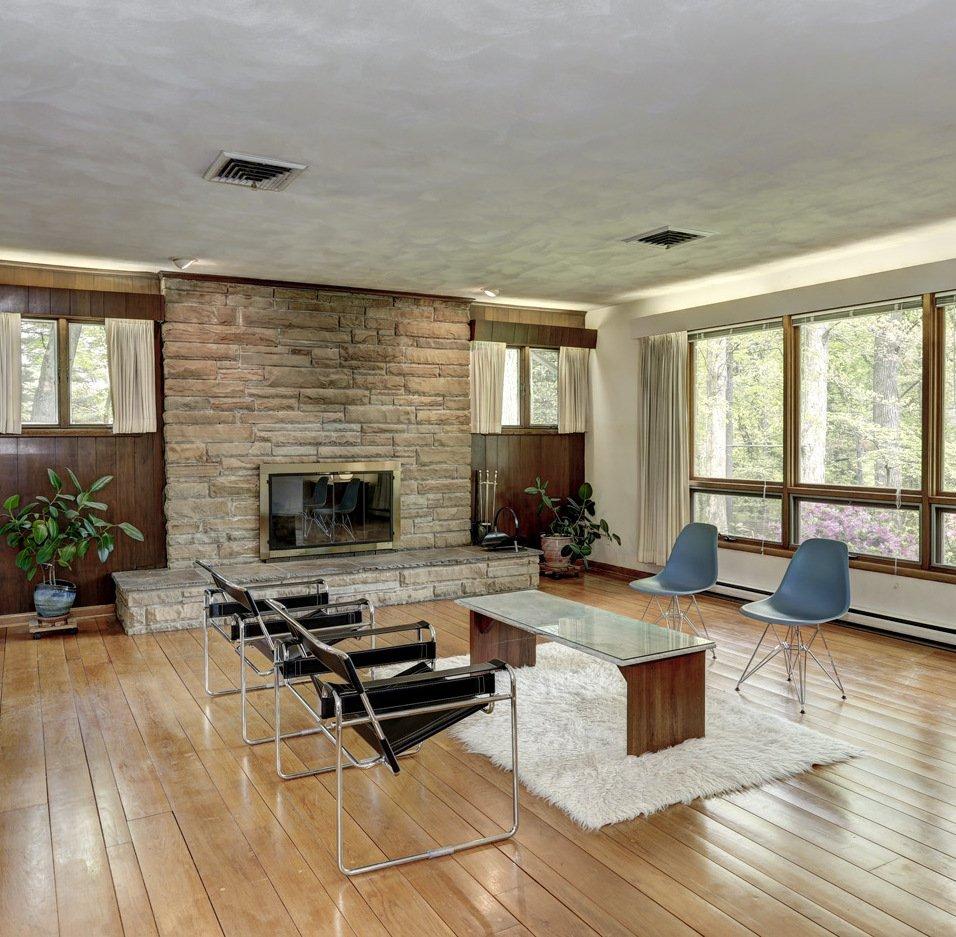 Living-room-morningside