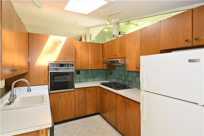 Web_Main-Level-Kitchen_1