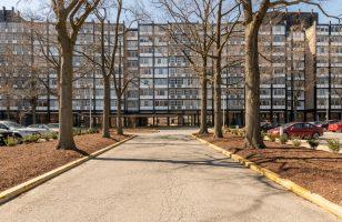 Charles Goodman-designed apartment in River Park