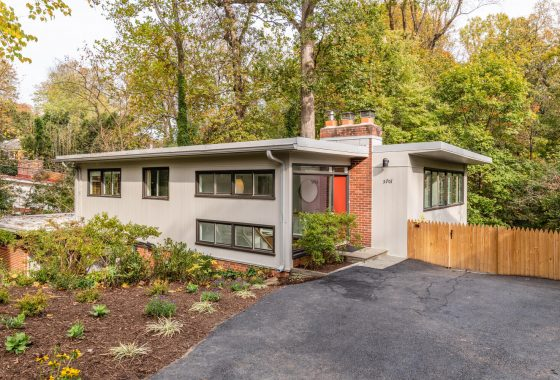 Chloethiel Woodard Smith-designed mid-century modern in Chevy Chase